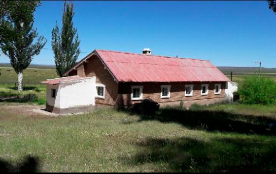 Venta en Patagonia 23.000 Has. Casa Principal - Rural Argentina Información en España